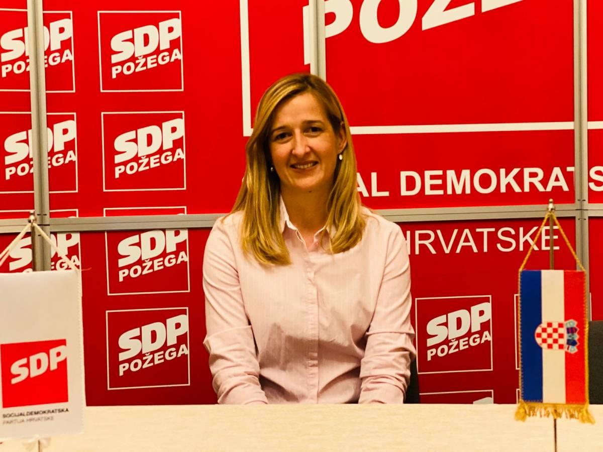 Mirela Ahmetović, kandidatkinja za predsjednicu SDP-a, predstavila svoj program u Požegi