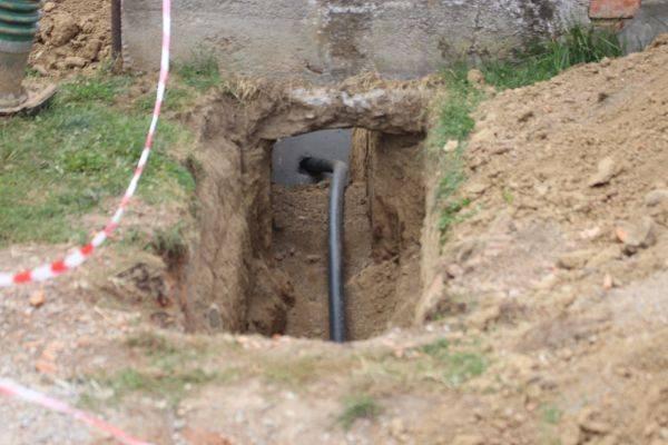 Mještani Grabarja dočekali priključenje na vodovodnu mrežu; ʺUskoro će poteći pitka voda našim cijevimaʺ