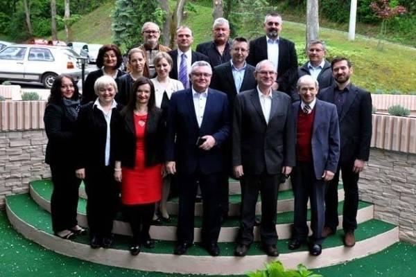 Ma je li to moguće- Ronko i Cesarik planiraju napustiti SDP!??? Priključuju se vladajućoj koaliciji!??