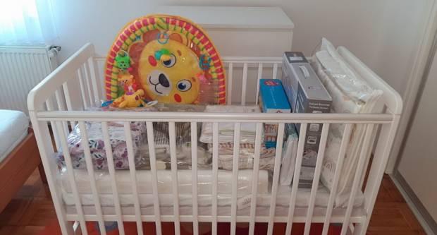 Opremu za novorođenče dobilo pet brodskih obitelji