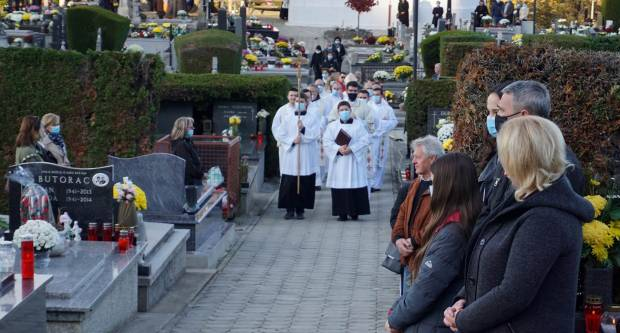 Povodom Svih svetih biskup Škvorčević predvodio euharistijsko slavlje