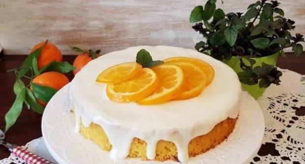Sočna torta od sira s mandarinama