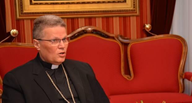Nadbiskup Hranić imenovao novog dekana u Slavonskom Brodu
