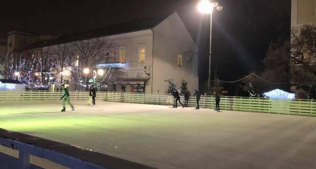 VAŽNO! Promjena na Gradskom klizalištu u Slavonskom Brodu!