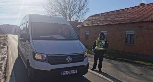 POLICIJA NA TERENU: Kontroliraju ulaze i izlaze iz Brodsko-posavske županije
