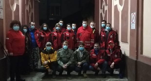 Ovo je ekipa brodskog Crvenog križa koja je otišla u Sisačko-moslavačku županiju