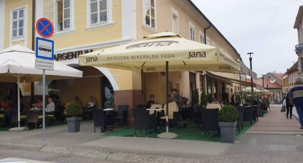 Jedna županija planira otvoriti kafiće i restorane već 8. siječnja?
