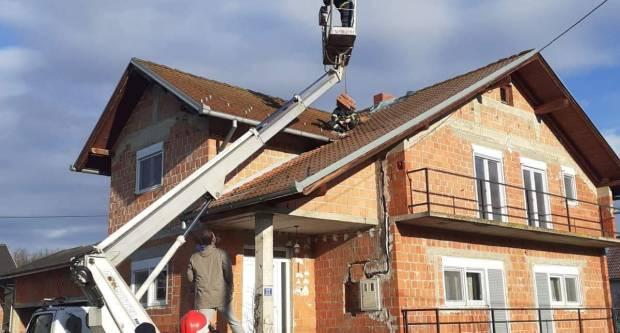 Nastavlja se angažman vatrogasaca na potresom pogođenom području