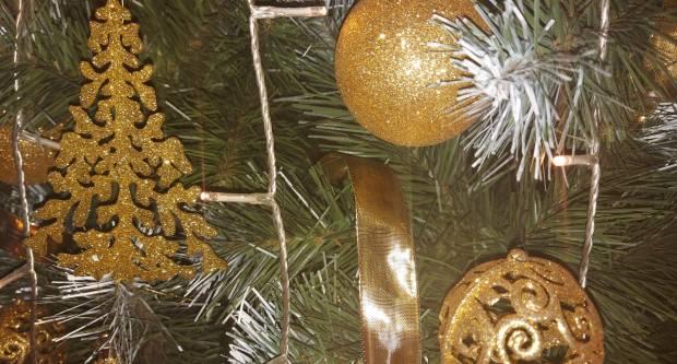 Znate li zašto baš danas uklanjamo ukrase s drvca?