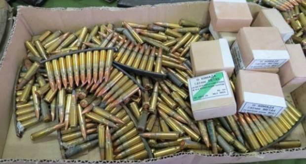 Dragovoljno predali pištolje, puške, bombe i streljivo