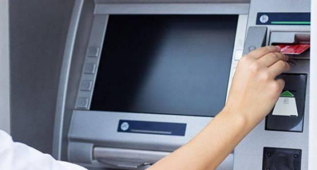 Banke masovno dižu naknade za podizanje 'keša' na šalterima