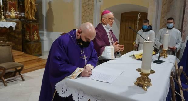 Svećenik Ivan Štivičić preuzeo župničku službu u Kutjevu