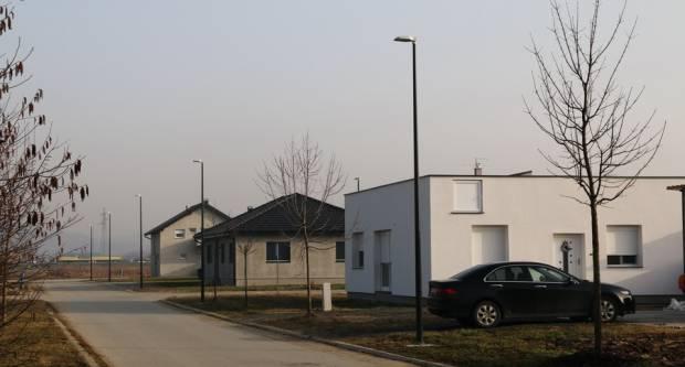 Kako ostvariti pravo građenja obiteljske kuće na zemljištu u vlasništvu Grada Slavonskog Broda?