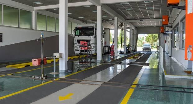 Registracija auta u Hrvatskoj je brutalno skupa. Stručnjaci upozoravaju da će biti još i skuplja