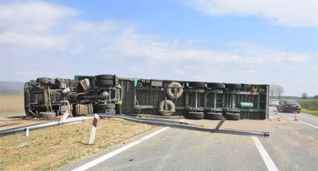 Policija izvijestila o detaljima jučerašnje prometne nesreće