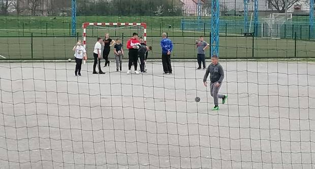 Mlađe rukometne kategorije od jučer treniraju na vanjskim terenima požeškog Sportsko-rekreacijskog centra