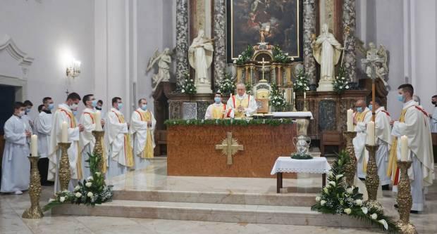 Svetkovina Uskrsa u požeškoj Katedrali