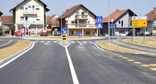 Gotovi radovi na kružnom toku u Cerničkoj ulici u Požegi