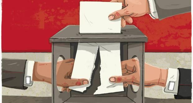 Neizlazak na izbore ili poništavanje izbornih listića podrška je velikim strankama