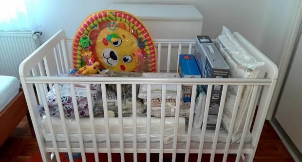 Novih pet brodskih obitelji dobilo vrijednu opremu za novorođenče