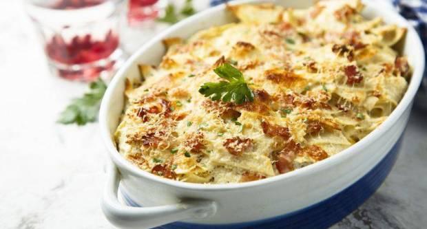 Alla carbonara: Recept za kremastu tjesteninu sa slaninom iz pećnice