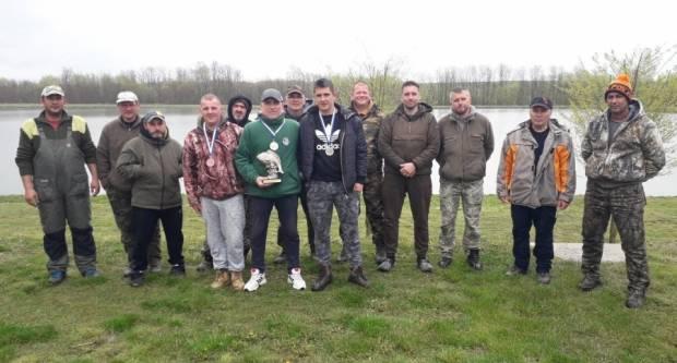 Na jezeru Požega u Turniću proteklog vikenda održan 4. Kup Grada Požege u Lovu šarana