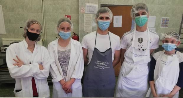 Tea Didović najbolja na natjecanju pekara u Poljoprivredno-prehrambenoj školi u Požegi