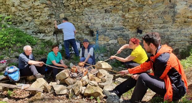 Izlet požeških planinara na Psunj – Čaklovac grad u nedjelju