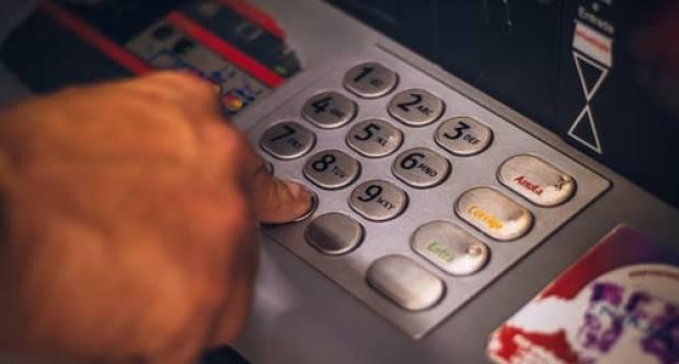 Za podizanje gotovine na bankomatima bit će dovoljan samo pogled