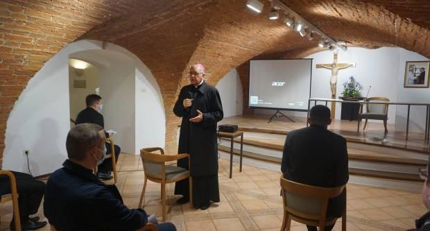 Susret trajne formacije svećenika i mladih đakona u Požegi
