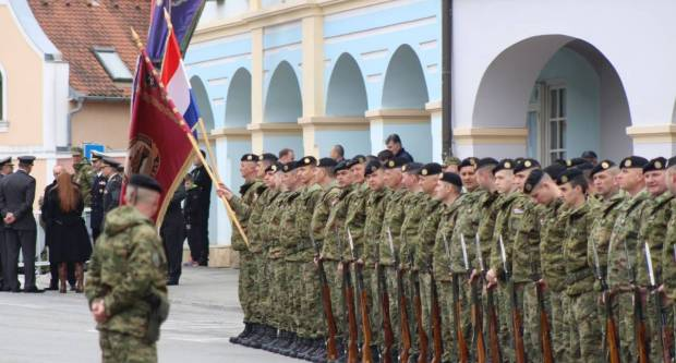 Danas je trideseta obljetnica ustroja Hrvatske vojske