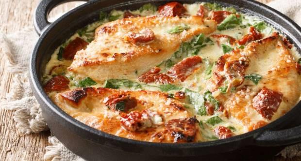 Najlakši recept za finu piletinu s kremastim umakom od sira i maslaca