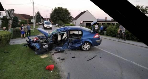 Osobnim automobilom zabio se u stup javne rasvjete u Trenkovu, preminuo u bolnici