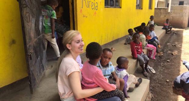 Mlada Hrnjevčanka o svojoj tanzanijskoj pustolovini i iskustvu volontiranja u sirotištu