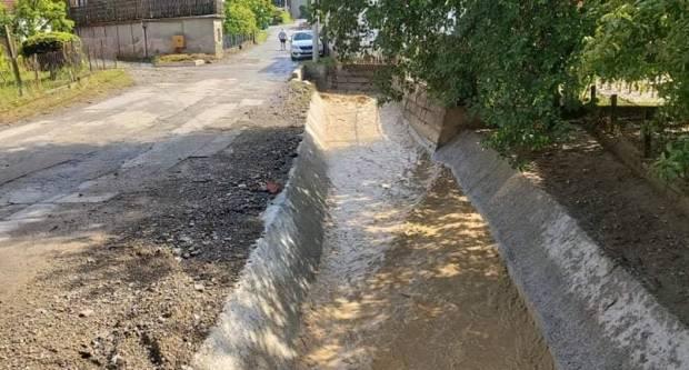 Nakon jačeg pljuska, manje poplave u Vidovcima i Jagodnjaku