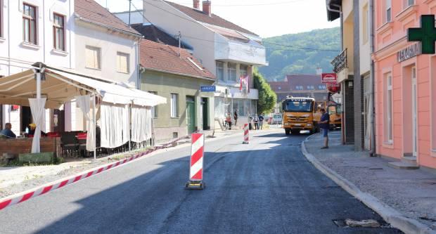 Radovi: Od jutros Bolnička ulica u Pakracu prohodna