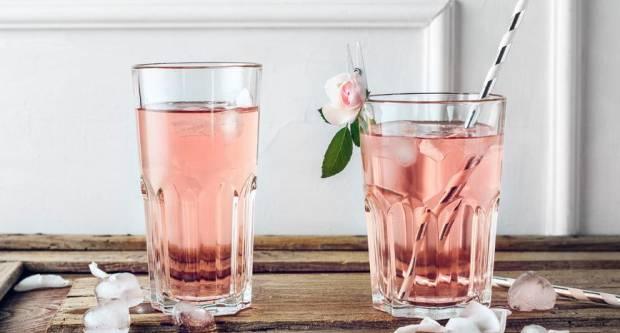 Sirup od ruže: Recept za sok koji će voljeti i ljubitelji soka od bazge