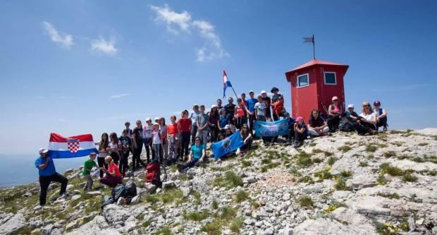 VELIKI USPJEH SOKOLIĆA Sokolići na najvišem vrhu Hrvatske-Sinjal 1831 m