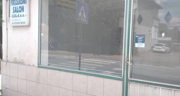Oglas za poslovni prostor u Sl. Brodu