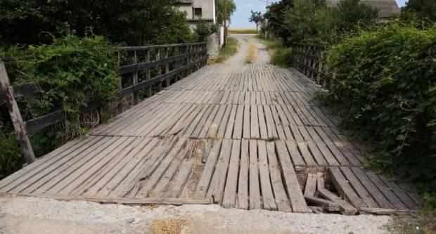 Novi problemi za poljoprivrednike: Raspada se drveni most u Mlinskoj ulici