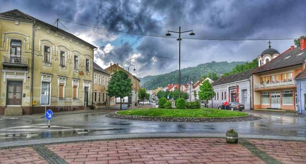 Večeras sa zapada stiže pogoršanje vremena: Veći dio Hrvatske pogodit će snažni pljuskovi i grmljavina