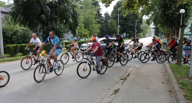 125 VOZAČA NA BICIKLIJADI Jedna od masovnijih biciklijada posljednjih godina
