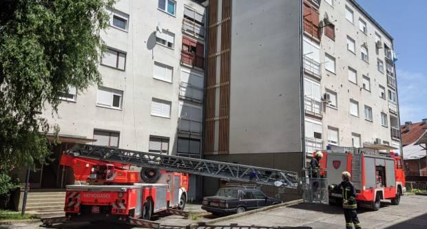 Nevrijeme prouzročilo materijalnu štetu: Jak olujni vjetar uništio krov zgrade u Pakracu