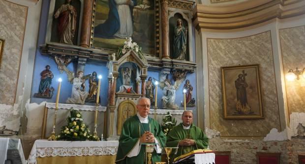 Uvedeni u službu novoimenovani župnici u Požeškoj biskupiji