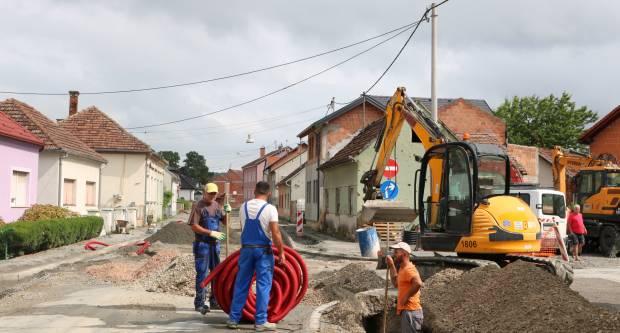 OPORAVAK PAKRAČKE GRAĐEVINSKE OPERATIVE: Naše tvrtke na malim gradilištima, strane na velikim
