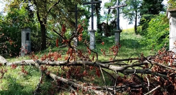 Mjesec dana nakon nevremena, Kalvarija i Sokolovac i dalje neraščišćeni