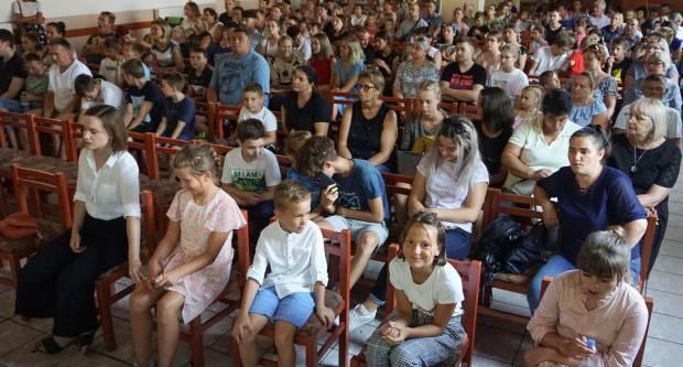 Hodočašće obitelji s brojnom djecom u Voćin