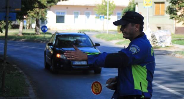 I ovaj vikend policija provodi pojačane mjere nadzora prometa