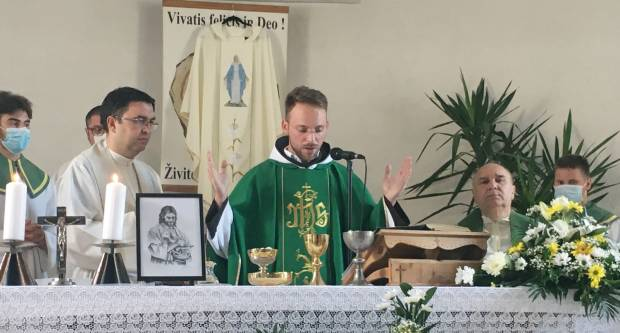Mlada misa sekundicija fra Josipa Jazvića u Sl. Brodu