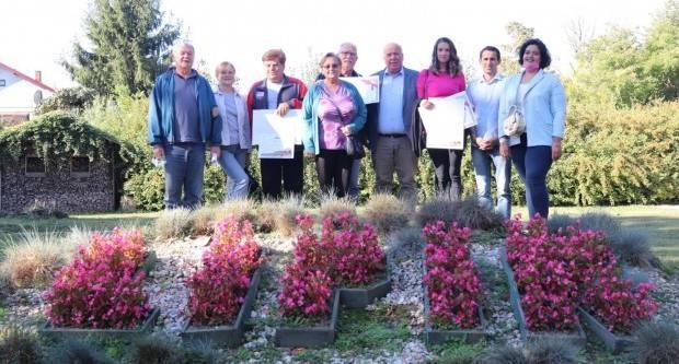 Uručene nagrade za najljepšu ljetnu okućnicu Grada Lipika u 2021. godini
